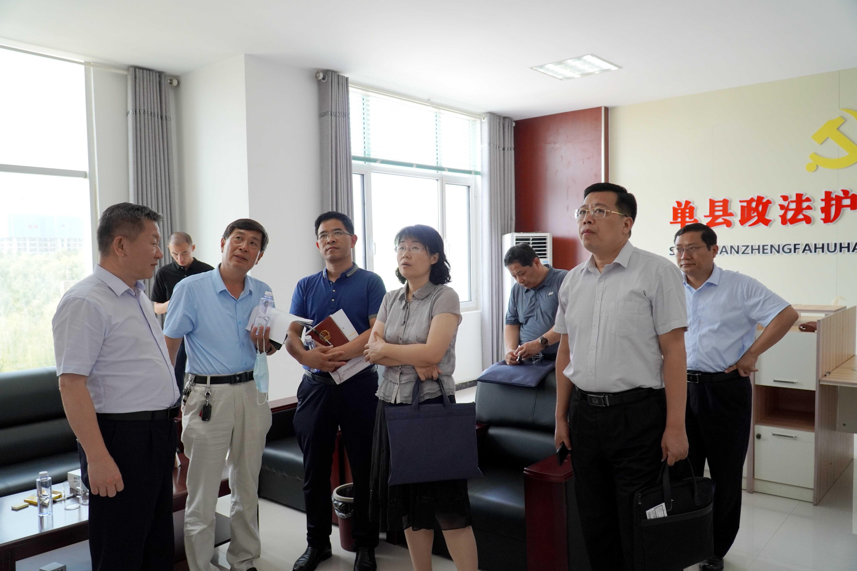 單縣政法護航工作站揭牌儀式在江華機械舉行
